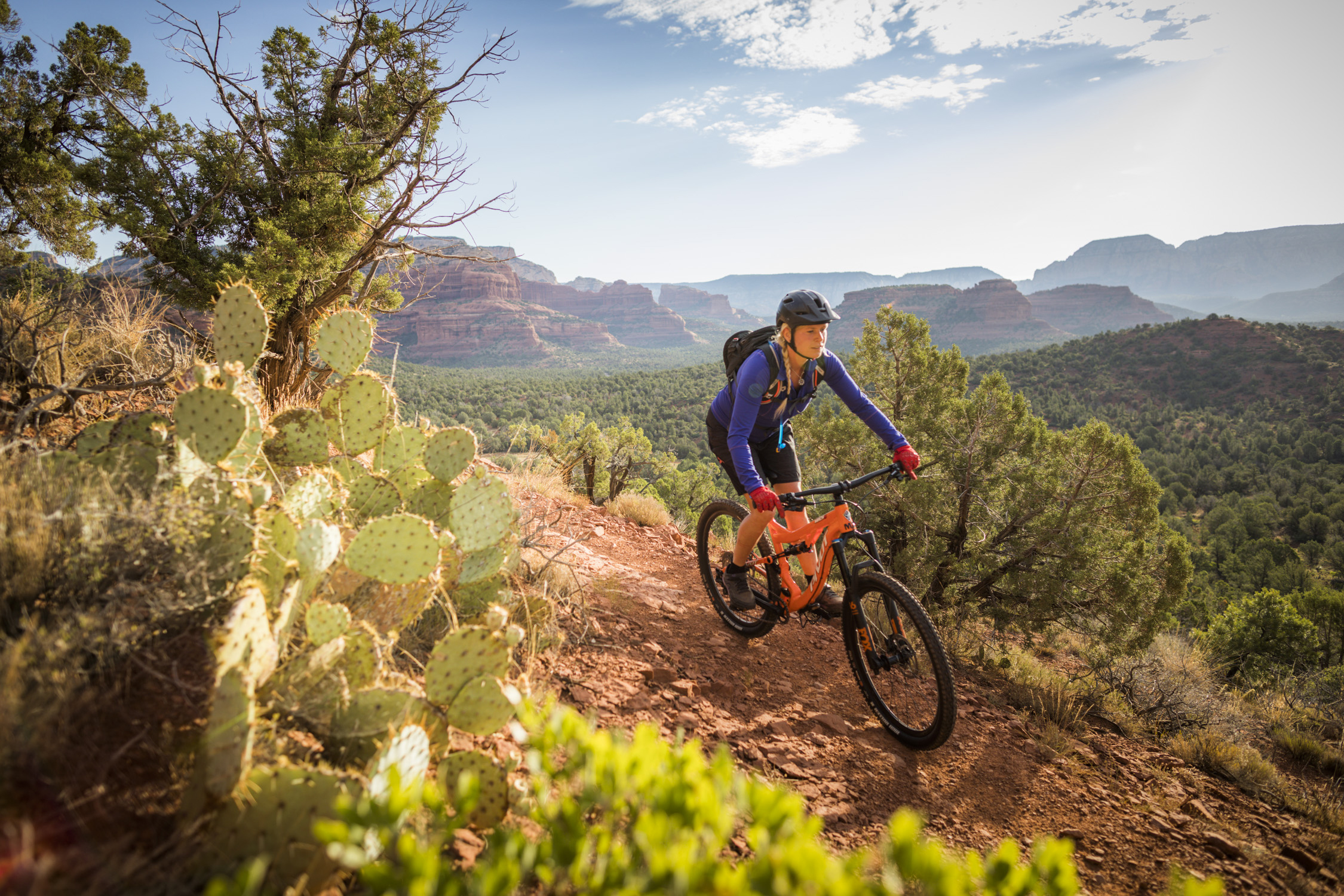 Woman MTB with Cactus and Vista